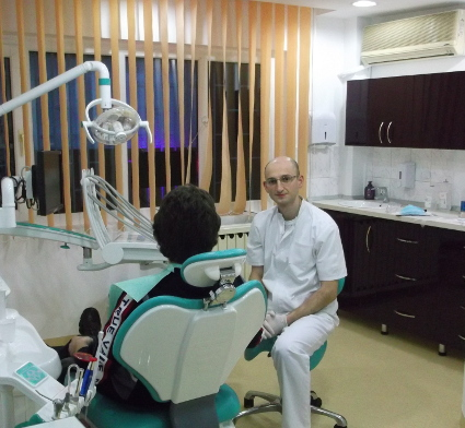 Dentist chirurg, Decebal, Dristor, Bucuresti